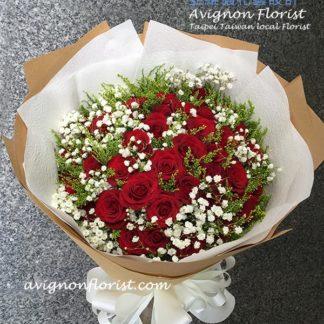 66朵玫瑰花束